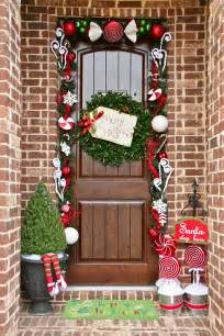 how to achieve the perfect front door decor this christmas christmas front door decorations ideas home design ideas
