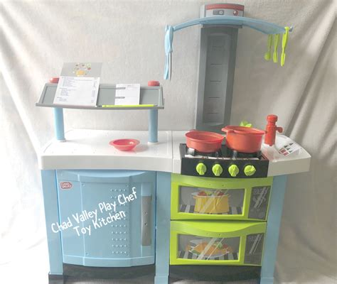 Chad Valley Chef Play Kitchen by Chad Valley Play Chef Kitchen Review Plus Win A 163 75