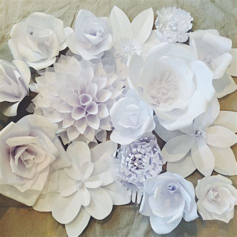Make Your Own Paper Flowers - gorgeous white paper flower backdrop paper flower