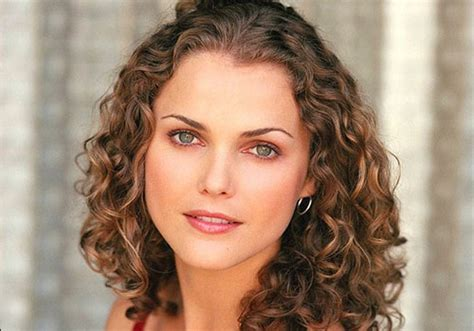easy to maintain haircuts for frizzy hair 27 temptingly easy hairstyles for curly hair creativefan