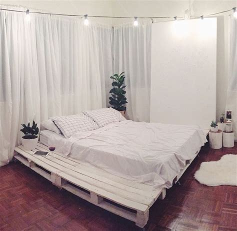 queen pallet bed 17 best ideas about palette bed on pinterest pallet