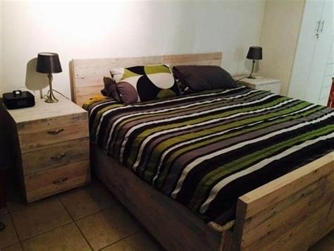 pallet bedroom furniture diy wooden pallet bed set 101 pallets