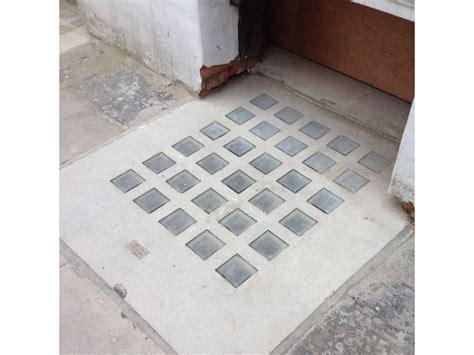 pavimento in vetrocemento vetromattone prezzi pavimento da esterno costo