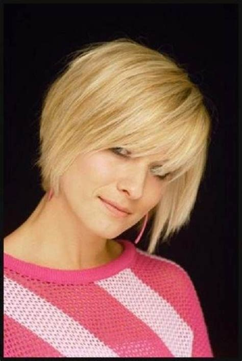 medium hairstyles for fine hair going out short bob haircuts with bangs hair styles for thin fine