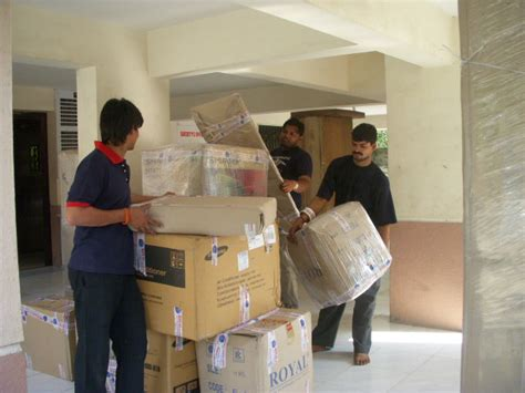 packing moving services world star packers and movers
