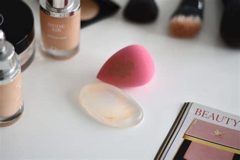 Silisponge Linecaracter Silikon Makeup silisponge im test der silikon make up applikator versus beautyblender