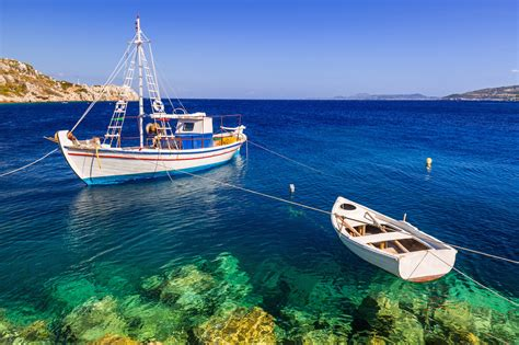 greek island sailing reasons to charter with captain