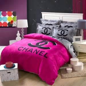 parure de lit chanel