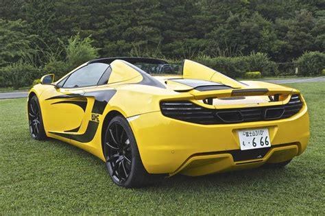 2013 McLaren MP4 12C Spider Volcano Yellow Black Stripes