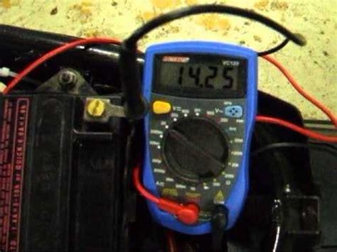 Tester Un Fusible Sans Multimetre 3914 by Test D Une Batterie De Scooter Moto