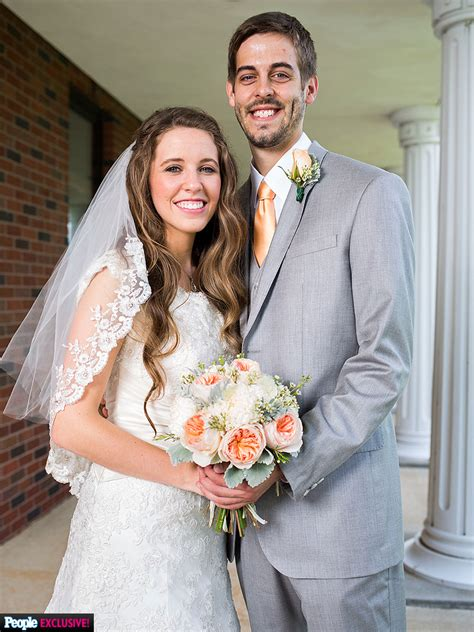 jill duggar and derick dillard s wedding see rehearsal jill duggar weds derick dillard inside their wedding