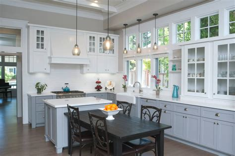 how to choose kitchen cabinets choosing cabinets for your kitchen some helpful hints