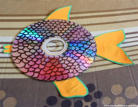 Make Cd Out Of Paper - summer crafts for how to make hanging cd fish