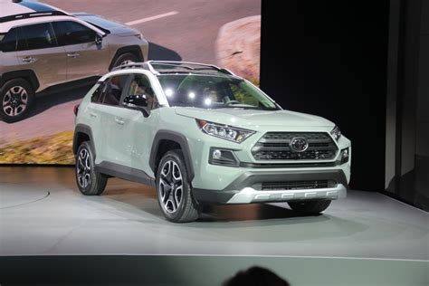 Neues Styling by 2019 Toyota Rav4 Gets New Styling And Advanced