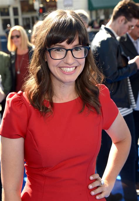 who is the actress in the drive time commercial katie crown photos photos premiere of warner bros