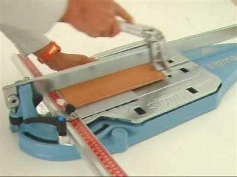 come tagliare piastrelle gres porcellanato taglio di piastrelle in gres porcellanato a 90 176 con tag
