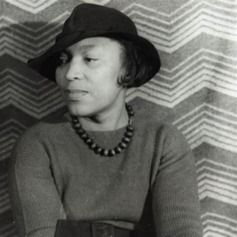 how it feels to be colored me summary zora neale hurston essays essay on zora neale hurston