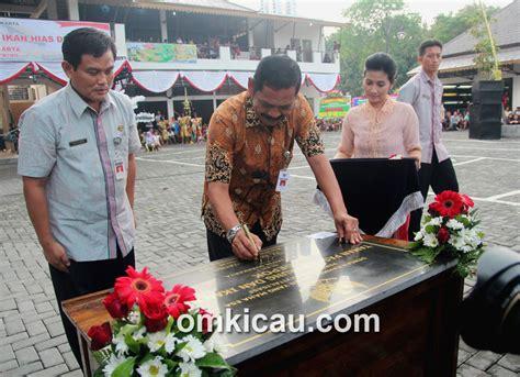 Lu Gantung Di Pasar Kenari meriah peresmian taman pasar burung depok klub burung