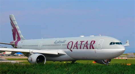 flight review qatar airways melbourne  doha travel weekly