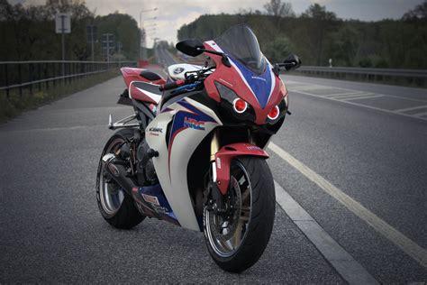 cbr bike pic honda cbr 1000 rr 1 bike pic a day