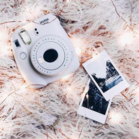 Fujifilm Instax Mini 9 Smoky White fujifilm instax mini 9 smokey white instant