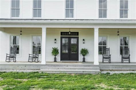 modern farmhouse porch a modern farmhouse for sale in indiana