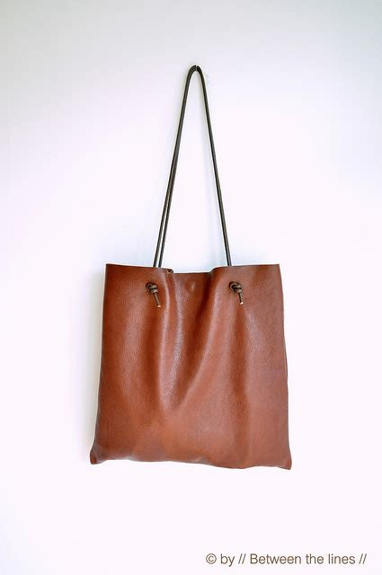 Simple Leather how to make a simple leather bag shelterness fashion