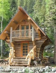amazing tiny homes amazing tiny log home favorite tiny homes pinterest