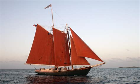 how big of a boat to sail around the world sailing around the world photos the big picture