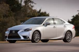 2014 lexus is 250 front three quarters photo 5