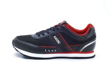 Sepatu Merk Kasogi yuk nostalgia ingat 7 merk sepatu 90an yang hits abis di