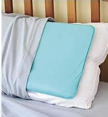 Best Pillow For Tossing And Turning by Struggling To Stay Cool In This Heat Hives Itchy Skin