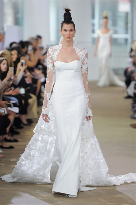 Wedding Dress Trends by The Top Wedding Dress Trends For 2018 Weddingbells
