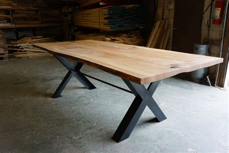 reclaimed wood  edge dining table  moss design urban