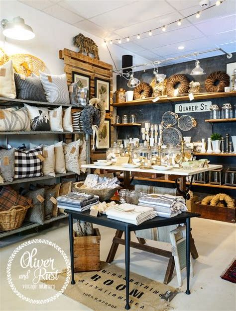 Home Interiors Warehouse by 25 Best Ideas About Retail Displays On Pinterest