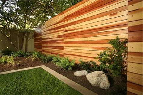 wood fence ideas for backyard horizontal wood fence diy http lanewstalk com beautify the minimalist living with