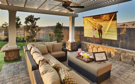 Small But Awesome Backyard Patio Decor And Design Love Backyard Theater Ideas