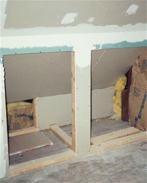 garage ins schlafzimmer 25 best ideas about built in dresser on