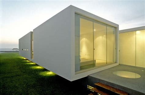 modern small house design in peru by javier artadi