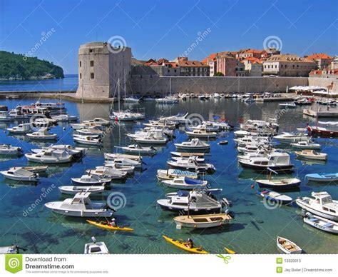 porto dubrovnik porto de dubrovnik fotos de stock imagem 13320013