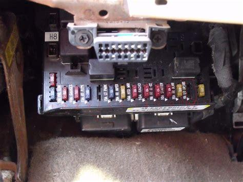 electrical help i a 98 plymath grand voiger