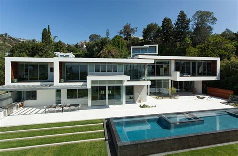modern mansion world of architecture when modern mansions go big and expensive
