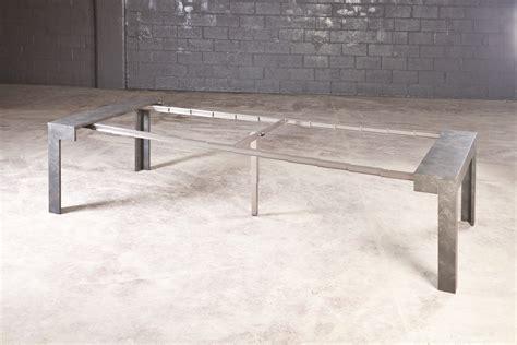 foto gambe aperte sotto il tavolo tavolo consolle allungabile stai cercando una soluzione