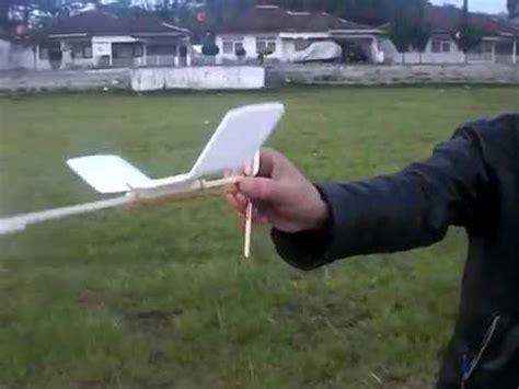 Propeller Plastic Rubber Powered 9 Orange 1 foam rubber powered orange propeller
