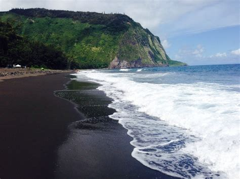 black sand beach big island waipio valley lookout kukuihaele big island hawaii