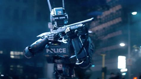 film robot new chappie has an exciting new trailer geektyrant