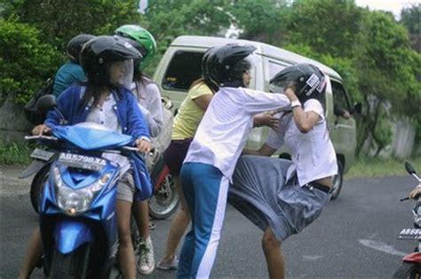kenakalan anak remaja analisah kenakalan remaja putri oleh mustafa kamal kompasiana com