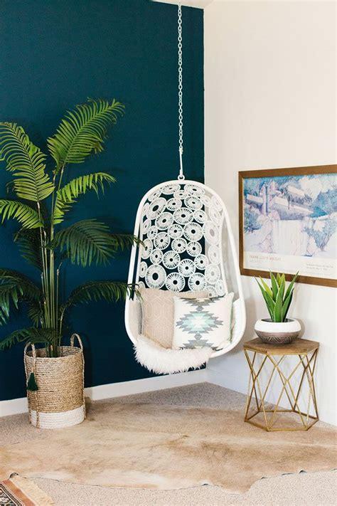 teal walls bedroom top 25 best teal walls ideas on pinterest teal wall colors jewel tone bedroom and