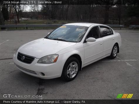 white nissan 2004 satin white 2004 nissan altima 2 5 s blond interior