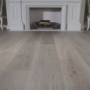 Gray Wood Laminate Flooring 25 Best Ideas About Grey Laminate Flooring On Laminate Flooring Grey Laminate And